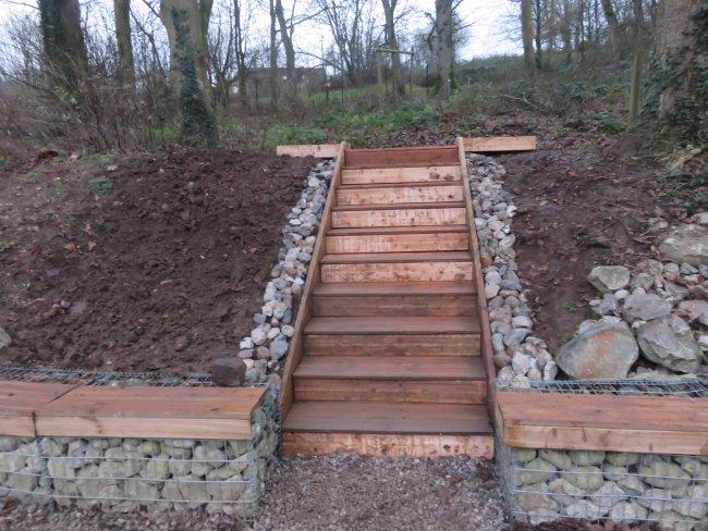 Un nouvel escalier am nagement paysager for Escalier paysager
